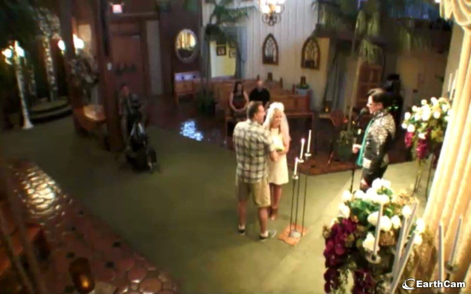 Vegas Wedding Chapel Live